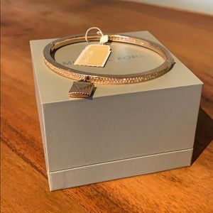 BRAND NEW Michael Kors bangle bracelet
